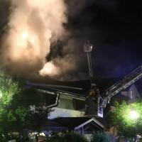 26-05-2016_Unterallgaeu_Bad-Woerishofen_Brand_Reisebus_Parkhaus_Feuerwehr_Poeppel_0070