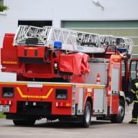 09-06-2016_Memmingen_Amendingen_Berger_Brand_Trafo-Feuerwehr_Poeppel_0007
