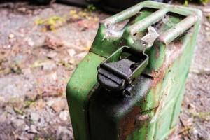 DDR Benzin Kanister 01
