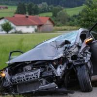 01-07-2016_Oberallgaeu_Altusried_Knaus_Motorrad_Pkw-toedlich_Feuerwehr_Polizei_Poeppel_0008