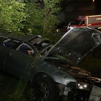 21-07-2016_A7_Memmingen-Sued_Unfall_Pkw_Anhaenger_Lkw_Feuerwehr_Poeppel_0053