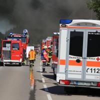 08-08-2016_Ravensburg_Aichstetten_Brand_Buero-Lager_Feuerwehr Poeppel_0002