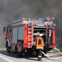 08-08-2016_Ravensburg_Aichstetten_Brand_Buero-Lager_Feuerwehr Poeppel_0006