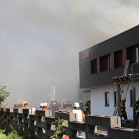 08-08-2016_Ravensburg_Aichstetten_Brand_Buero-Lager_Feuerwehr Poeppel_0034