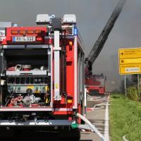 08-08-2016_Ravensburg_Aichstetten_Brand_Buero-Lager_Feuerwehr Poeppel_0058