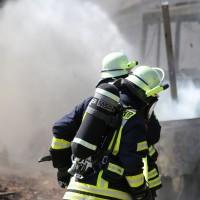 13-08-2016_Unterallgaeu_Breitenbrunn_Brand_Halle_Feuerwehr_Poeppel_0015