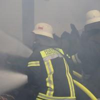 13-08-2016_Unterallgaeu_Breitenbrunn_Brand_Halle_Feuerwehr_Poeppel_0020