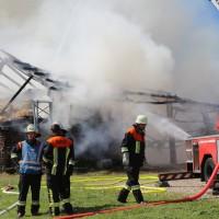 13-08-2016_Unterallgaeu_Breitenbrunn_Brand_Halle_Feuerwehr_Poeppel_0052