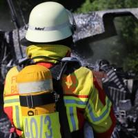 13-08-2016_Untrallgaeu_B18_Kirchdorf_Mindelheim_Brand_Traktor_Feuerwehr_Poeppel_0009
