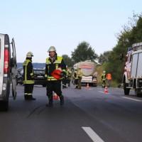 28-08-2016_A96_Mindelheim_Unfall_Lkw_2-Pkw_Feuerwehr_Verletzte_Poeppel_0011