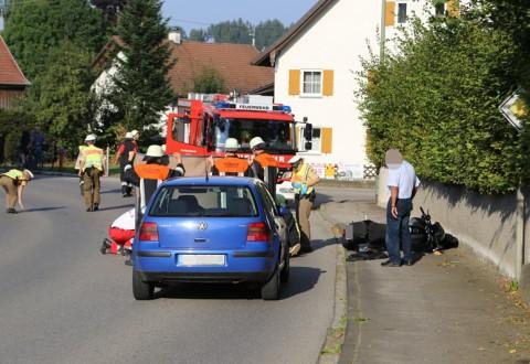 30-08-2016_BY_Unterallgaeu_Niederrieden_Motorrad-Unfall_Feuerwehr_Poeppel_0002