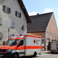 30-08-3016_BY_Unterallgaeu_Heimertingen_B300_MHD_Unfall_ELRD_Hausmauer_Feuerwenr_Poeppel_0006