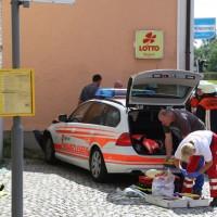 30-08-3016_BY_Unterallgaeu_Heimertingen_B300_MHD_Unfall_ELRD_Hausmauer_Feuerwenr_Poeppel_0008