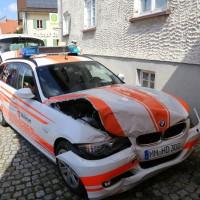 30-08-3016_BY_Unterallgaeu_Heimertingen_B300_MHD_Unfall_ELRD_Hausmauer_Feuerwenr_Poeppel_0011
