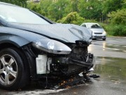 PKW Unfall bei Naesse Aquaplaning