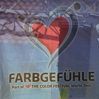10-09-2016_Farbgefuehle_Memmingen_Memmingerberg_Terminal23_Holi_FarbenPoeppel_0099