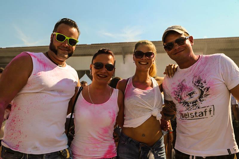 10-09-2016_Farbgefuehle_Memmingen_Memmingerberg_Terminal23_Holi_FarbenPoeppel_0344