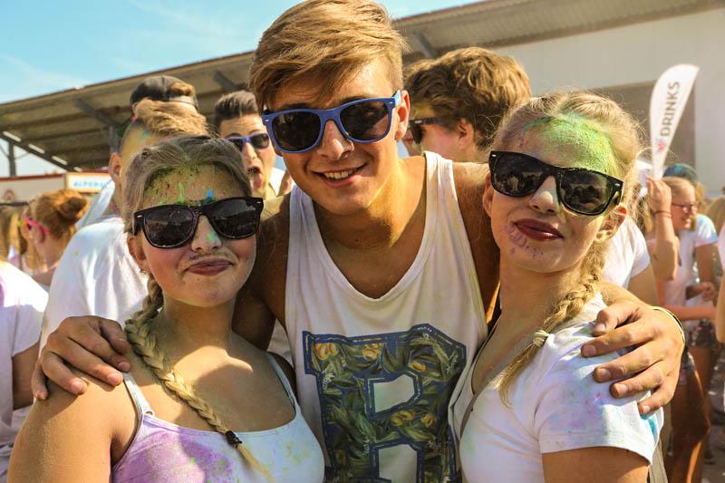 10-09-2016_Farbgefuehle_Memmingen_Memmingerberg_Terminal23_Holi_FarbenPoeppel_0430