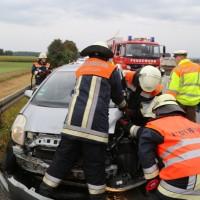 17-09-2016_BY_A7_Illertissen_Altenstadt_Unfall_Aqauplaning_Feuerwehr_Poeppel_0014