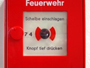 Feuermelder Druckknopfmelder