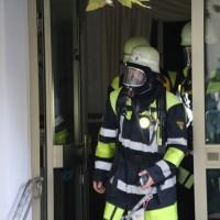 07-10-2016_Memmingen_Hotel_Stadtmitte_Gasgeruch_Raeumung_Feuerwehr_Poeppel_0173
