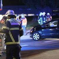 21-10-2016_Memmingen_Adenauerring_Grenzhofstrasse_Unfall_Feuerwehr_Poeppel_0010