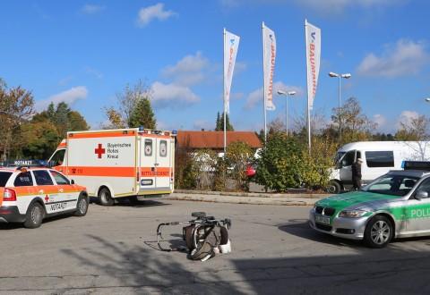 22-10-2016_Unterallgaeu_Woerishofen_UNfall_Frau_Kinderwagen_Pkw_Polizei_Poeppel_0001