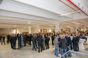 kammlach d nisches bettenlager er ffnet logistikzentrum 100 neue stellen 100 millionen. Black Bedroom Furniture Sets. Home Design Ideas