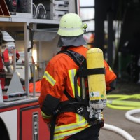 20161111_Ravensburg_Leutkirch_Brand_Werkstatt_Feuerwehr_lFeuerwehr_Poeppel_new-facts-eu_010