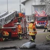 20161111_Ravensburg_Leutkirch_Brand_Werkstatt_Feuerwehr_lFeuerwehr_Poeppel_new-facts-eu_036