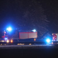 20161112_A7_Dreieck-Allgaeu_Oy-Mittelberg_Transporter-Unfall_Gefahrgut_Radioaktiv_Feuerwehr_Poeppel_new-facts-eu_044