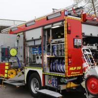 20161114_A7_Dietmannsried_Leubas_Kleinlaster_Sattelzug_Unfall_Feuerwehr_Poeppel_new-facts-eu_027