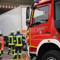 20161114_A7_Dietmannsried_Leubas_Kleinlaster_Sattelzug_Unfall_Feuerwehr_Poeppel_new-facts-eu_044