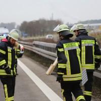20161114_A7_Dietmannsried_Leubas_Kleinlaster_Sattelzug_Unfall_Feuerwehr_Poeppel_new-facts-eu_057