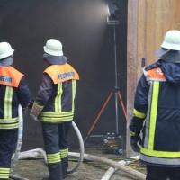 20161123_20161123_Unterallgaeu_Legau_Engelharz_Brand_Bauernhof_Feuerwehr_Poeppel_new-facts-eu_011