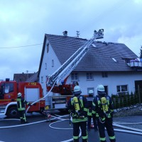 20161127_Biberach_Mittelbiberach_Reute_Brand_Dachstuhl_Feuerwehr_Poeppel_new-facts-eu_100