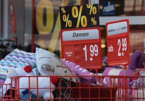 Sonderangebote in einem Supermarkt, über dts Nachrichtenagentur