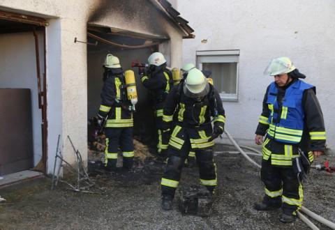 20161209_Biberach_Ochsenhausen_Brand_Garage_Feuerwehr_Poeppel_new-facts-eu_003