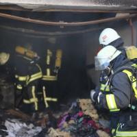 20161209_Biberach_Ochsenhausen_Brand_Garage_Feuerwehr_Poeppel_new-facts-eu_005