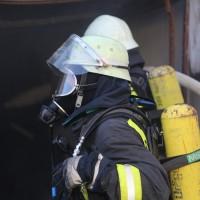 20161209_Biberach_Ochsenhausen_Brand_Garage_Feuerwehr_Poeppel_new-facts-eu_006