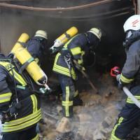 20161209_Biberach_Ochsenhausen_Brand_Garage_Feuerwehr_Poeppel_new-facts-eu_010