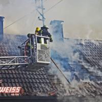 20161209_Guenzburg_Ziemetshausen_Brand_Wohnhaus_Feuerwehr_Weiss_new-facts-eu_002