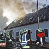 20161209_Guenzburg_Ziemetshausen_Brand_Wohnhaus_Feuerwehr_Weiss_new-facts-eu_007