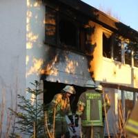 20161210_Tailfingen_Albstadt_Explosion_Brand-Wohnhaus_Toter_Feuerwehr_Kripo_Poeppel_Zwiebler_0026