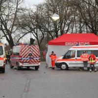 20161225_Augsburg_Fliegerbombe_Entschaerfung_Evakuierung_BRK_JUH_MHD_Polizei_Feuerwehr_THW_Tauber_Bruder_new-facts-eu_0026