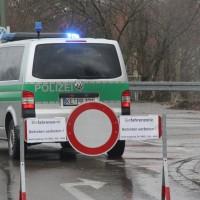 20161225_Augsburg_Fliegerbombe_Entschaerfung_Evakuierung_BRK_JUH_MHD_Polizei_Feuerwehr_THW_Tauber_Bruder_new-facts-eu_0034