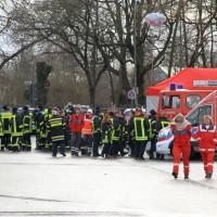 20161225_Augsburg_Fliegerbombe_Entschaerfung_Evakuierung_BRK_JUH_MHD_Polizei_Feuerwehr_THW_Tauber_Bruder_new-facts-eu_0037