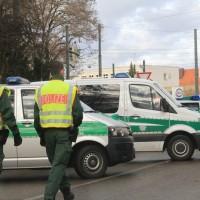 20161225_Augsburg_Fliegerbombe_Entschaerfung_Evakuierung_BRK_JUH_MHD_Polizei_Feuerwehr_THW_Tauber_Bruder_new-facts-eu_0045