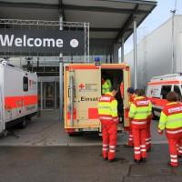 20161225_Augsburg_Fliegerbombe_Entschaerfung_Evakuierung_BRK_JUH_MHD_Polizei_Feuerwehr_THW_Tauber_Bruder_new-facts-eu_0082