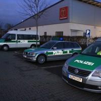20161225_Augsburg_Fliegerbombe_Entschaerfung_Evakuierung_BRK_JUH_MHD_Polizei_Feuerwehr_THW_Tauber_Bruder_new-facts-eu_0100